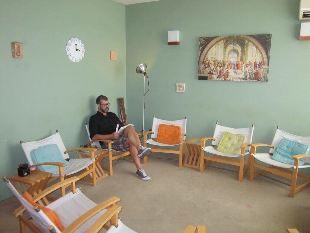 Επικοινωνία - Πέτρος Βαβουράκης M.Sc. – Συμβουλευτικός Ψυχολόγος Ψυχοθεραπευτής