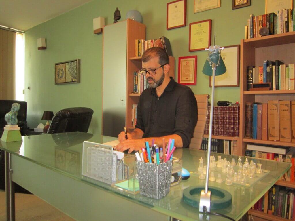 Βιογραφικό - Πέτρος Βαβουράκης M.Sc. – Συμβουλευτικός Ψυχολόγος Ψυχοθεραπευτής